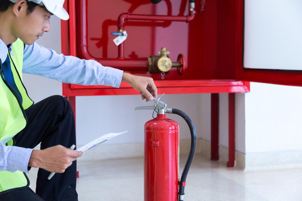 Luôn luôn chuẩn bị các thiết bị, dụng cụ phòng và chữa cháy