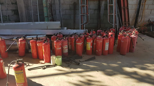 Cần loại bỏ những bình chữa cháy bị gỉ sét quá nhiều