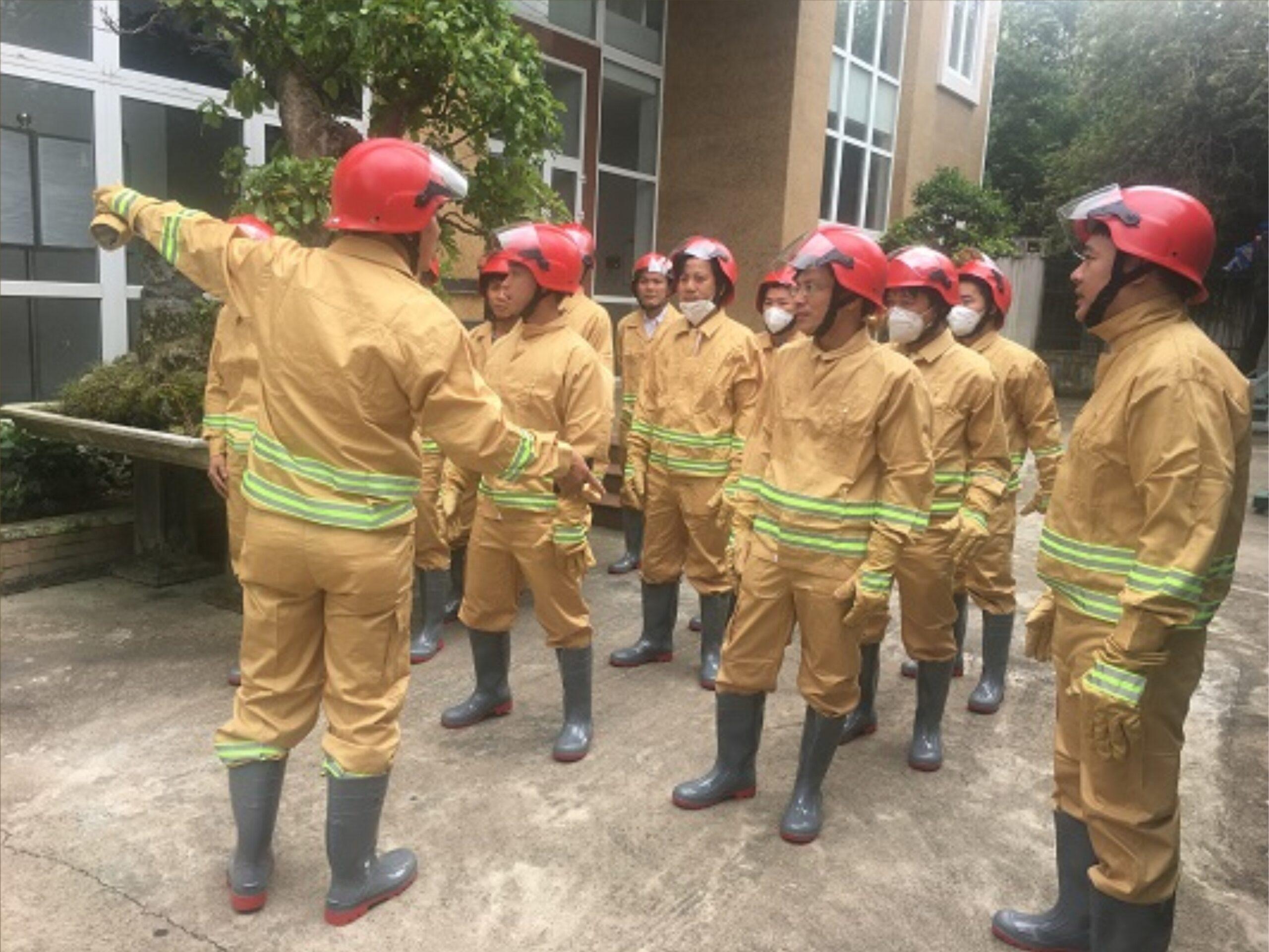 Trang phục chữa cháy bảo vệ đội ngũ cứu hỏa an toàn